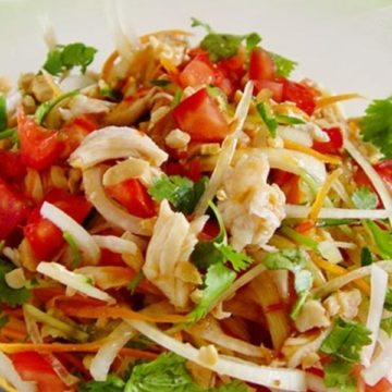 Salade au poulet Thai