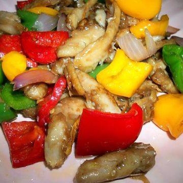 Poisson aux légumes variés