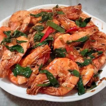 Crevettes à la sauce saté